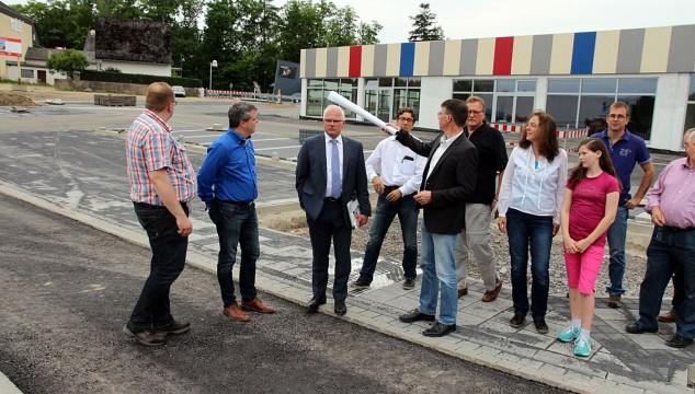 CDU Emmelshausen informierte MdB Peter Bleser und MdL Hans-Josef Bracht über den Bau der neuen Stadtmitte